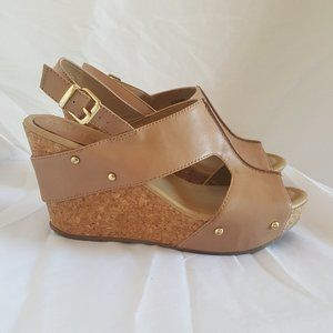 Women's Kenneth Cole Wedges -Tan/Nude - 8.5 size